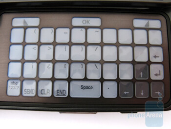 The E-ink keyboard of  the Samsung Alias 2 U750 - Samsung Alias 2 U750 Review