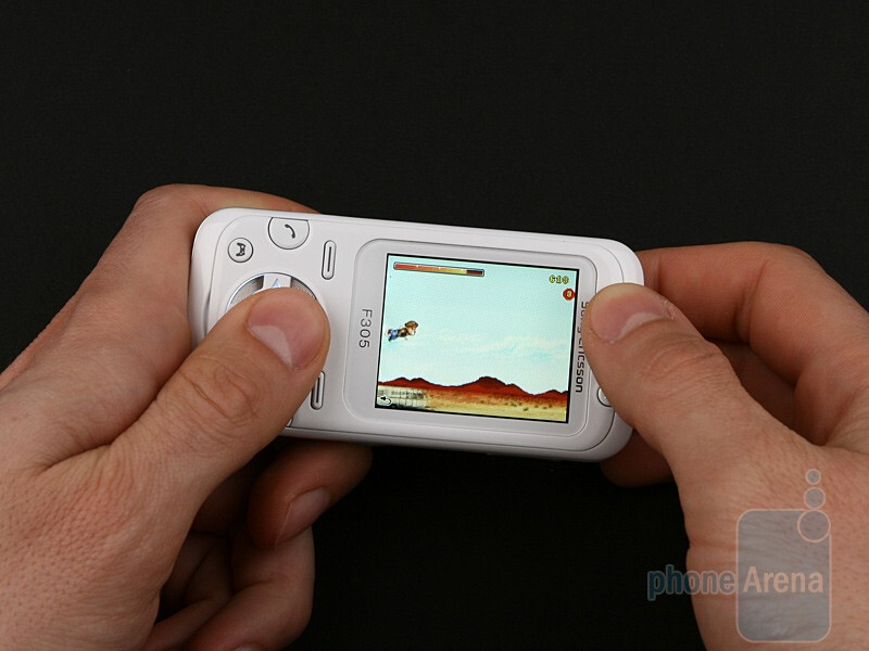 Sony Ericsson F305 Review