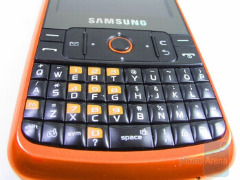 The QWERTY keyboard of the Samsung Magnet a257 - Samsung Magnet a257 Review