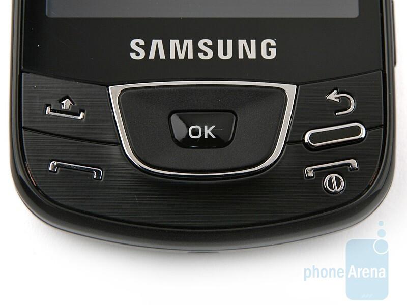 Samsung Galaxy I7500 has a D-pad instead of a trackball - Samsung Galaxy I7500 Preview