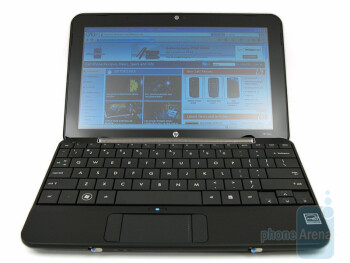 The widescreen display and the VGA camera - HP Mini 1151NR Netbook Review