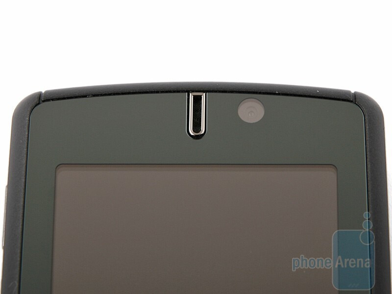 GIGA-BYTE GSmart MS820 Review
