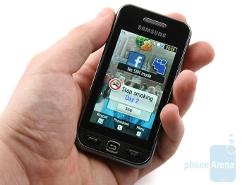 Samsung Star S5230 looks more shiny and polished than the LG Cookie KP500 - Samsung Star S5230 Review