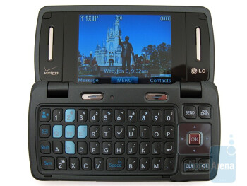 LG enV3 VX9200 has the familiar 2-stop hinge when opening up the device - LG enV3 VX9200 Review