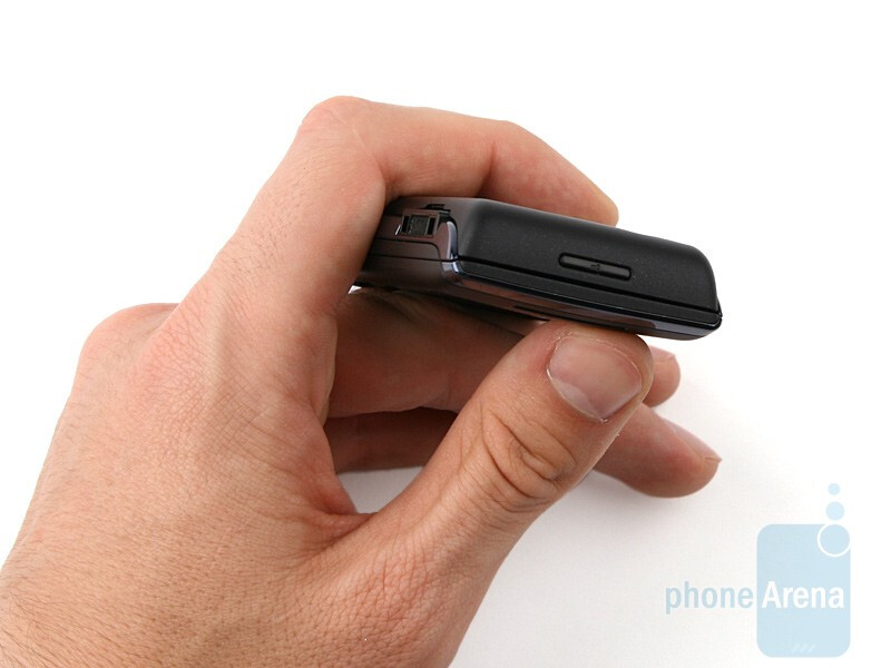 The Sony Ericsson Aino doesn't have any navigation keys on its front side - Sony Ericsson Aino Preview