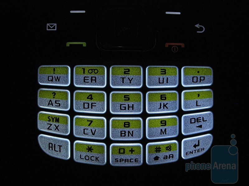 The twenty key QWERTY of the Samsung SGH-T349 - Samsung SGH-T349 Review