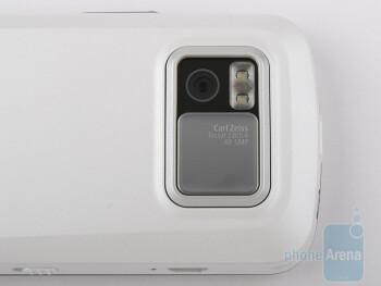 Nokia N97 sports a 5-megapixel autofocus camera - Nokia N97 Review