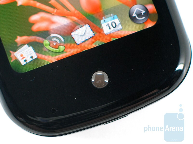 The gesture area bellow the screen - Palm Pre Review