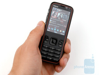 The Nokia 5630 XpressMusic is really thin - Nokia 5630 XpressMusic Review