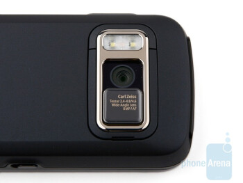 The 8-megapixel camera on the back of the Nokia N86 8MP - Nokia N86 8MP Review