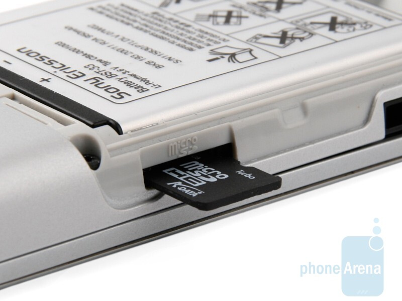 Hidden under the aluminum battery cover is a microSD slot - Sony Ericsson T715 Preview