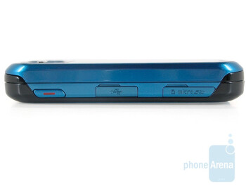 Right side - Samsung Exclaim SPH-M550 Review