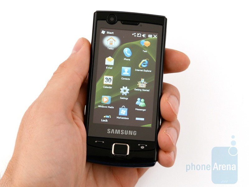 Overall the design of Samsung OmniaLITE B7300 is conservative - Samsung OmniaLITE B7300 Preview