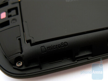 microSD slot - HTC Ozone XV6175 Review