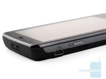 Left side - Acer F900 Review