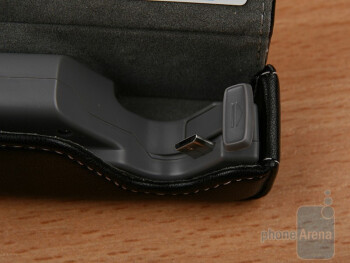 The Plantronics Discovery 925comes with a small leather-coated rechargeable case - Plantronics Discovery 925 Review