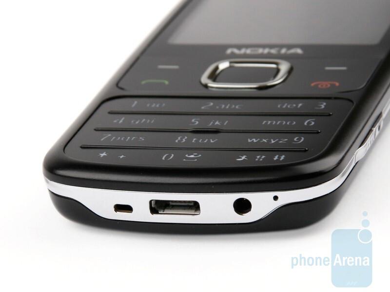 Bottom - Nokia 6700 classic Review