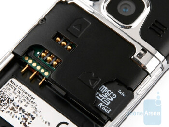 SIM and microSD slots - Nokia 6700 classic Review