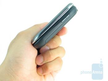 The Motorola Karma QA1 feels quite natural in the hand and provides a good grip - Motorola Karma QA1 Review
