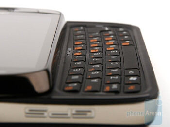 The QWERTY keyboard of the Acer M900 - Acer M900 Review