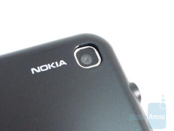 Camera - Nokia 6790 Surge Review