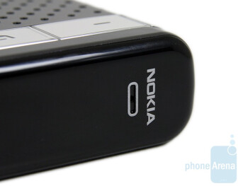 The microphone is here - Nokia Speakerphone HF-300 Review