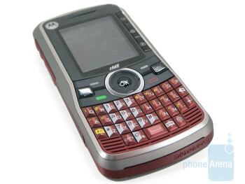 The QWERTY keyboard of the Motorola Clutch i465 is not bad at all - Motorola Clutch i465 Review