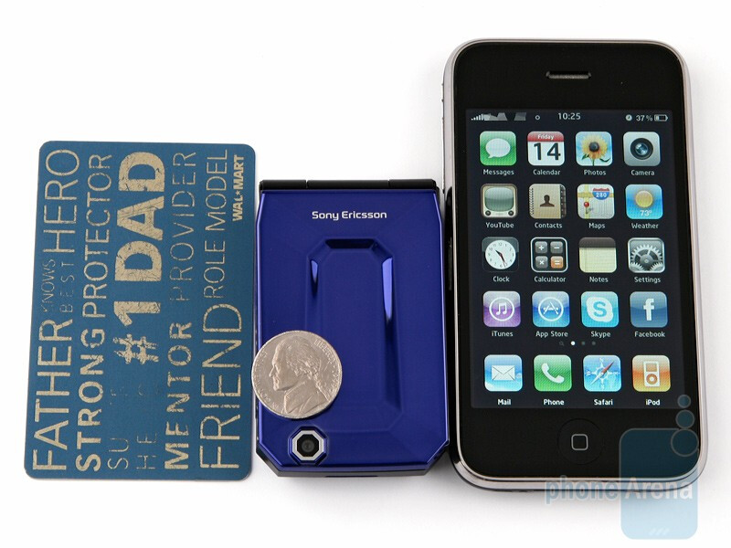 Sony Ericsson Jalou compared to Apple iPhone 3G - Sony Ericsson Jalou Preview