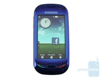 The 3-inch screen - Samsung Blue Earth S7550 Preview