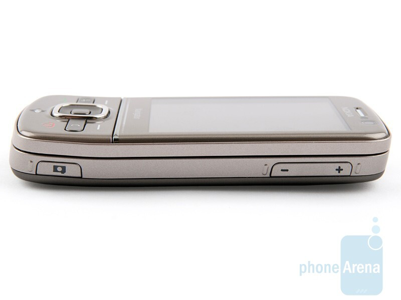 Right side - Nokia 6710 Navigator Review