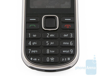 The buttons of the Nokia 3720 classic - Nokia 3720 classic Review