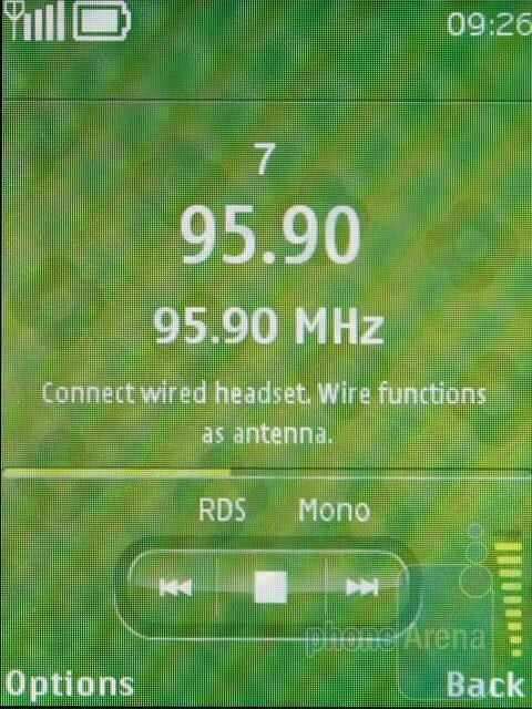 FM Radio with RDS - Nokia 3720 classic Review