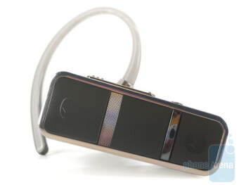 The Motorola Endeavor HX1 has four buds - BlueAnt Q1 vs. Motorola Endeavor HX1 vs. Jawbone Prime
