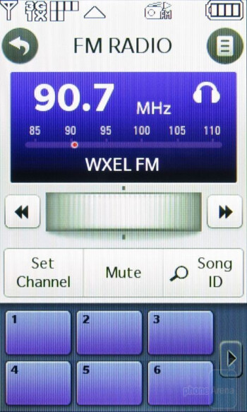 The FM Radio interface of LG Chocolate Touch VX8575 - LG Chocolate Touch VX8575 Preview
