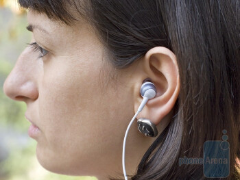 The rubber is really soft, so you will completely forgetabout having a pair of earplugs stuck into your ears - Nokia BH-214 Review