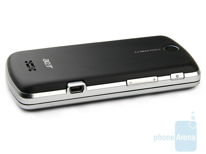 The left side - Acer beTouch E200 Review