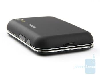 Bottom - Nokia 6760 slide Review