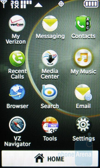 The 2 themes of the main menu - LG Chocolate Touch VX8575 Review