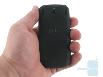 The Plam Pixi is very small and feels amazing - Palm Pixi Review