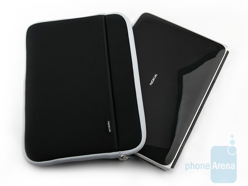 The Nokia Booklet 3G is thin but looks solid - Nokia Booklet 3G Review