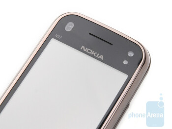 Above and under the screen - Nokia N97 mini Review