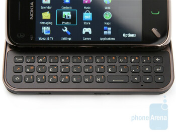 The QWERTY keyboard - Nokia N97 mini Review