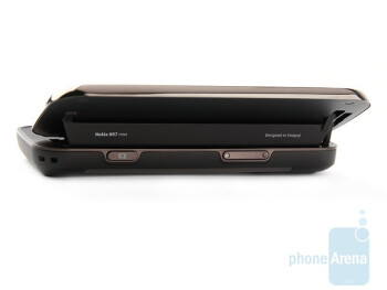 The Nokia N97 mini opens sharply, but closes slowly and smoothly - Nokia N97 mini Review