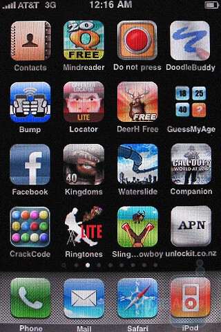 The Apple iPhone 3GS interface - Motorola DROID, Apple iPhone 3GS and Palm Pre: side by side
