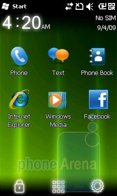 The Acer Home and the classic home screen of Windows Mobile 6.5 - Acer beTouch E100 Review