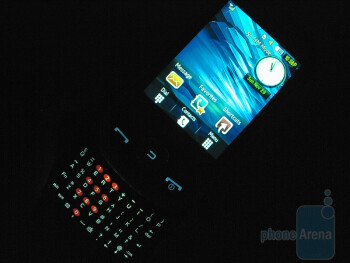 Backlight - The 4-row QWERTY keyboard  - Samsung Flight A797 Review