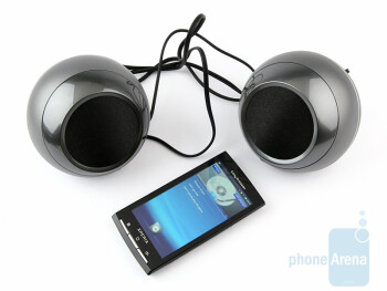 The portable loudspeaker setup Sony Ericsson MBS-400consist of two separate sub-systems  - Sony Ericsson MBS-400 Review