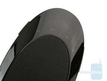 The LED status indicators - The sides of the Jabra SP700 - Jabra SP700 Review