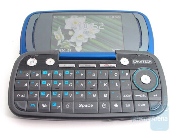 The Pantech Impact has a QWERTY with well sized keys - Pantech Impact P7000 Review