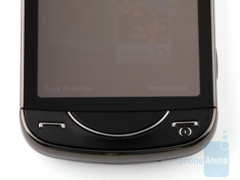 Buttons on the front - Left and right sides of the Samsung OmniaPRO B7610 - Samsung OmniaPRO B7610 Review